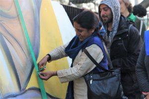dharamshala mayor rajni vyas inaugrating the gandhi park mural