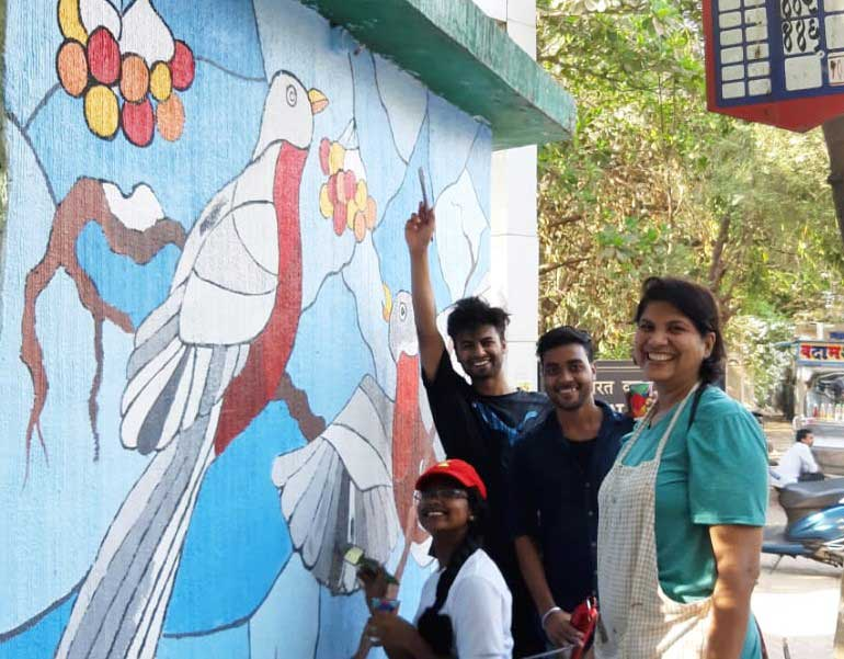 deepika---ladies-first-street-art-festival---marol-art-village