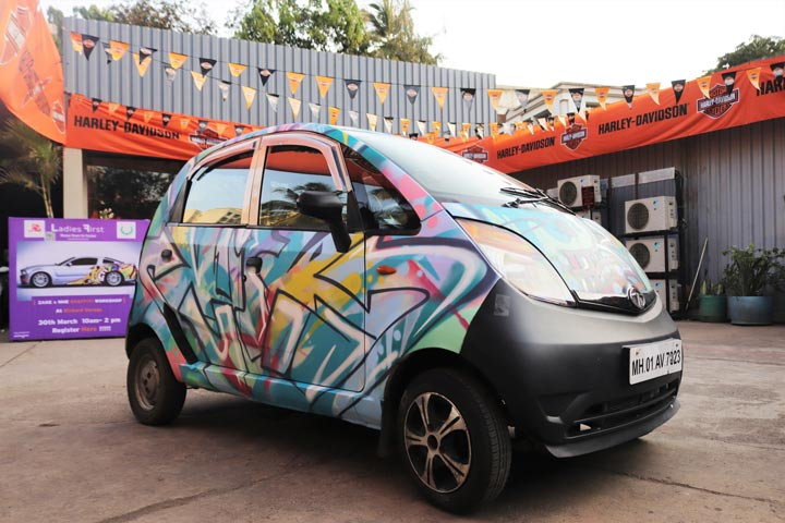 tata-nano---richard-garage---ladies-first-street-art-festvial