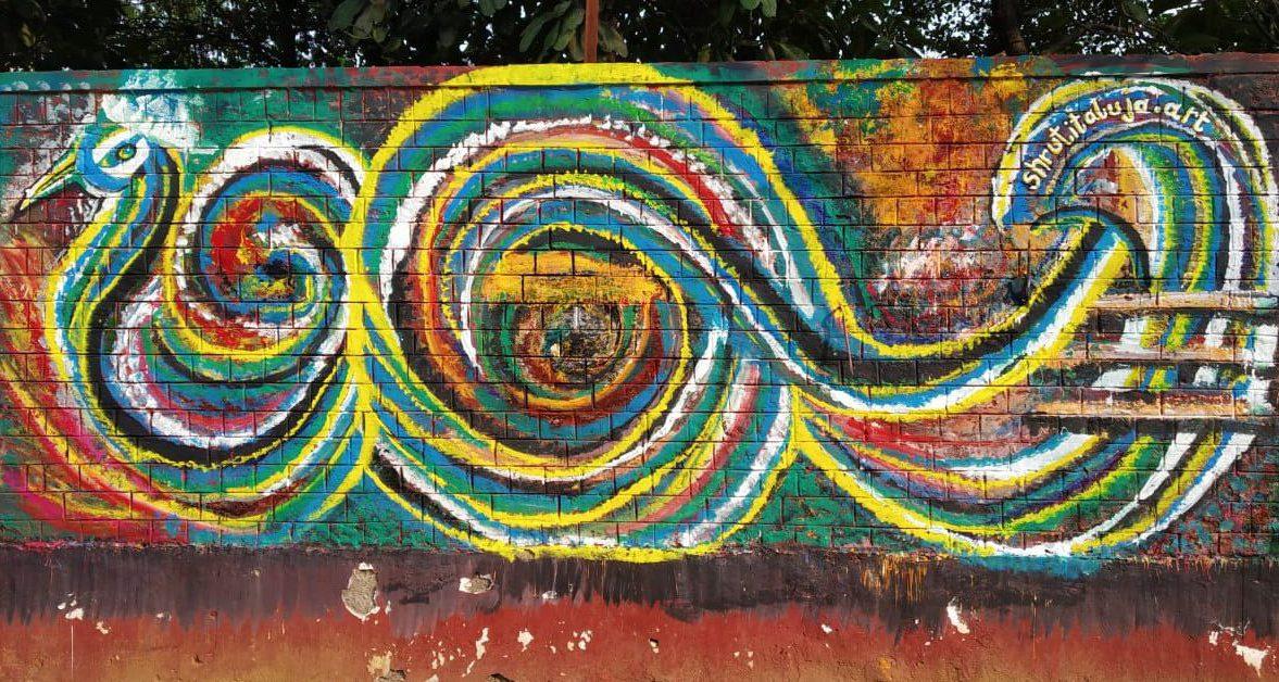 shruti taluja abstract art mural at ladies first street art gurugram