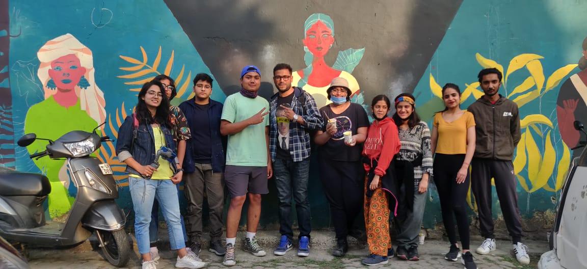 ladies first street art team in dehradun